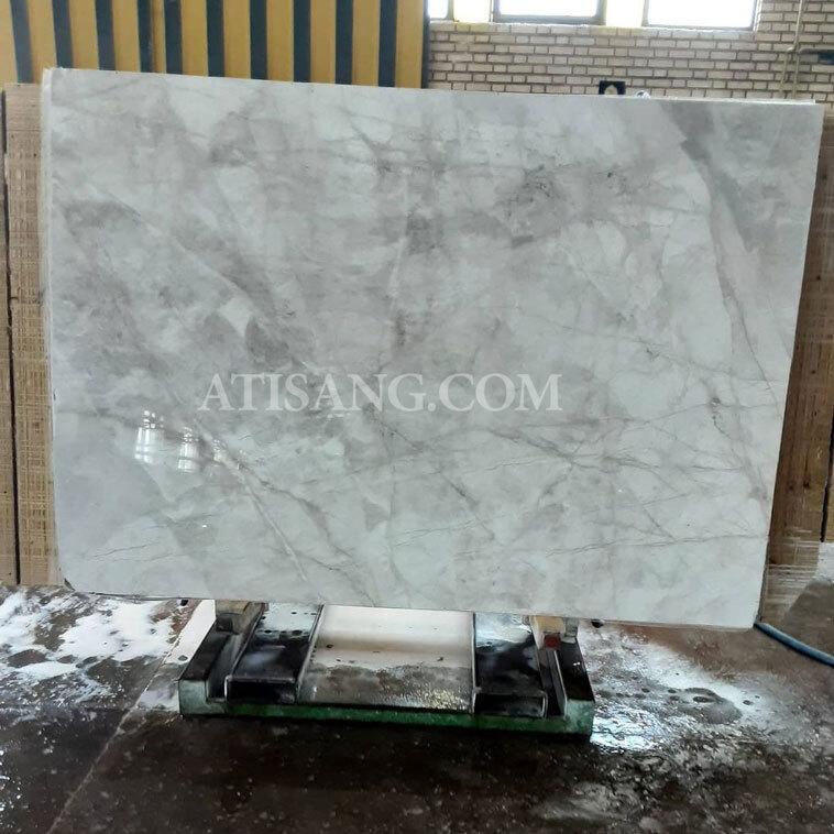 سنگ خاکستری مرمریت پرشین سیلک در ابعاد اسلب و تایل مناسب برای سنگ پله، سنگ دیوار، سنگ نمای داخلی ساختمان، سنگ آشپزخانه