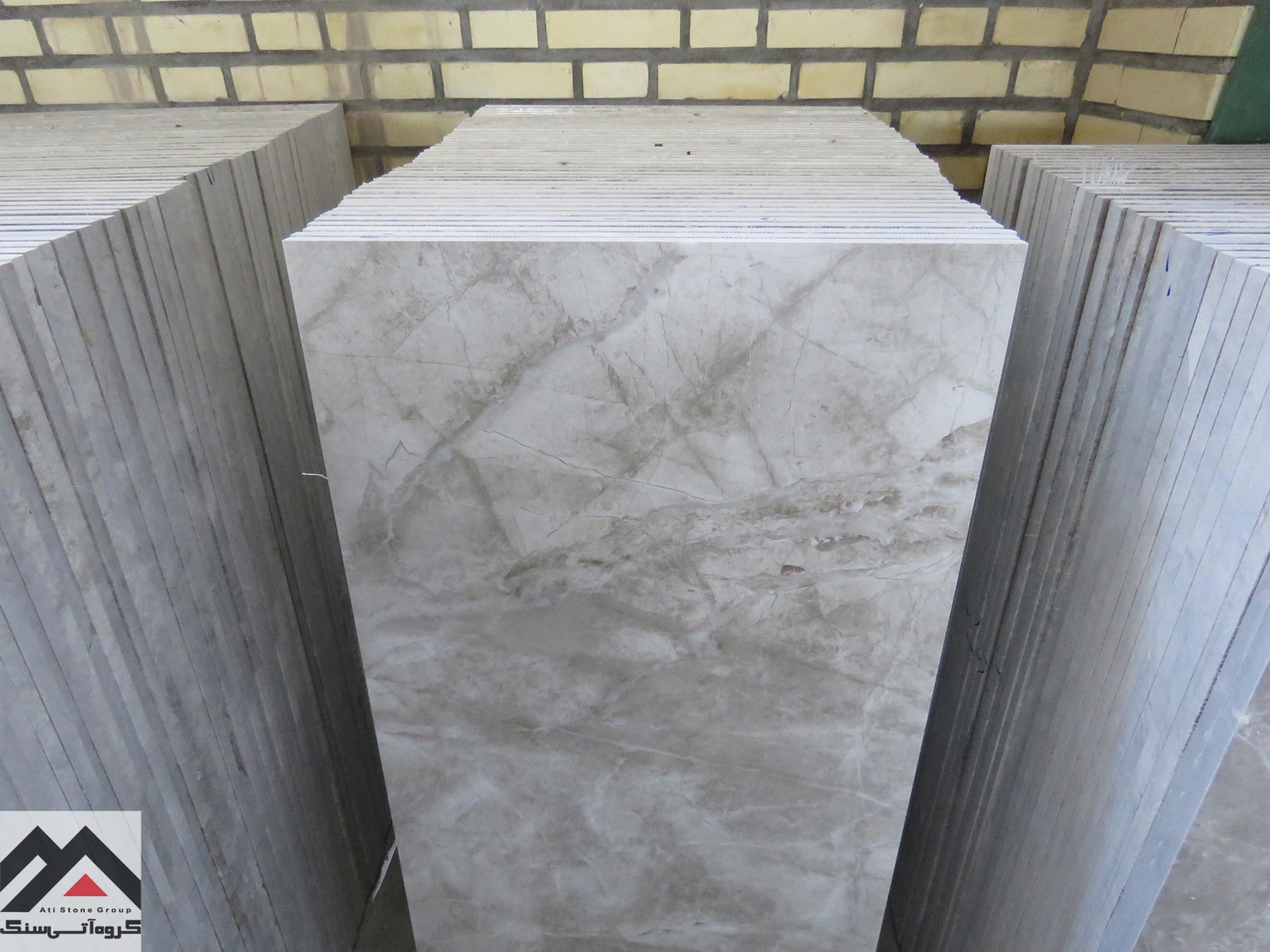 کیفیت بالای سنگ مرمریت پرشین سیلک بیات مناسب برای سنگ دیوار و سنگ پله در طراحی داخلی ساختمان