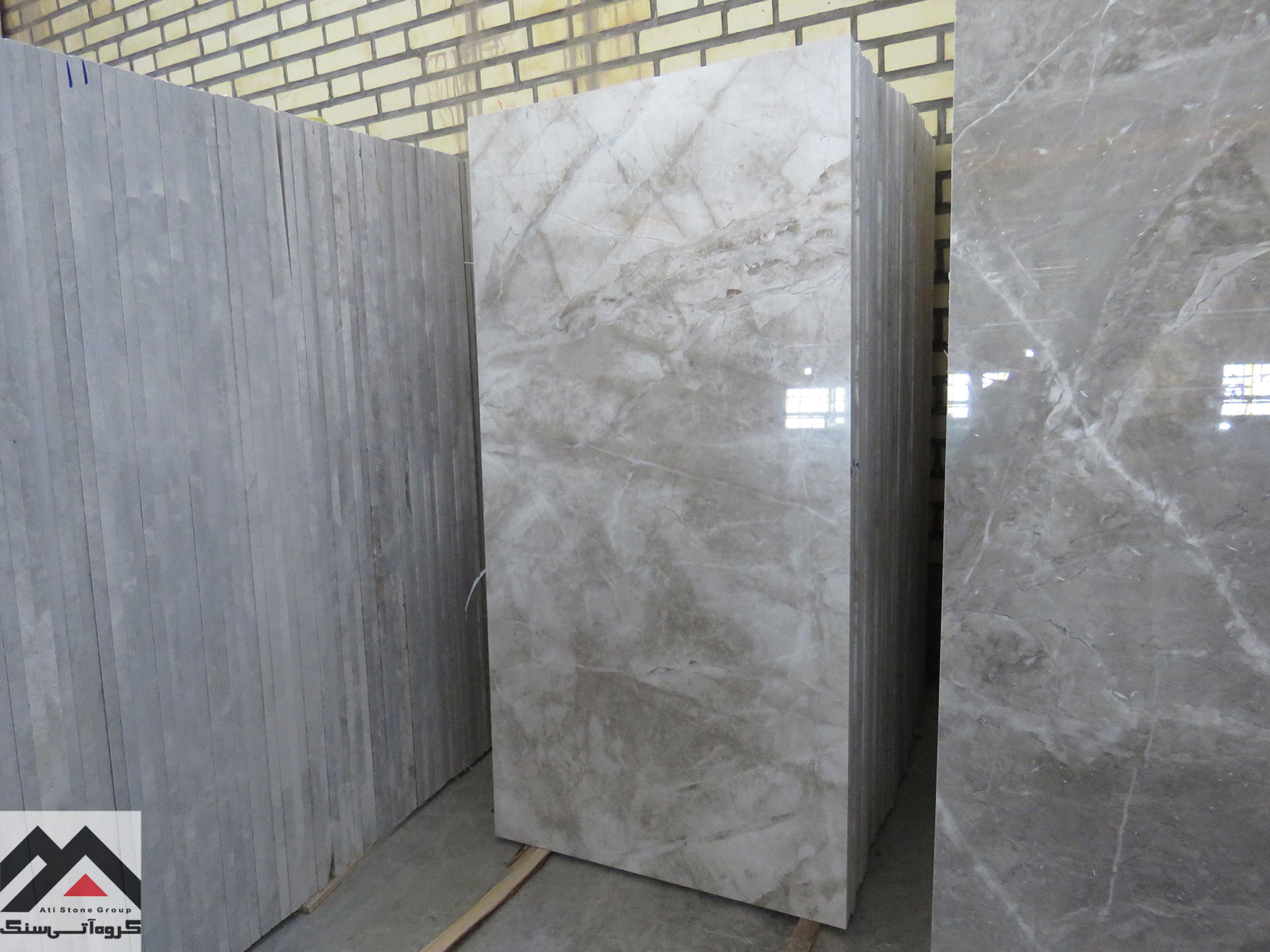 از انواع سنگ مرمریت، سنگ مرمریت پرشین سیلک با زمینه خاکستری با کیفیت ممتاز و خواص مکانیکی عالی