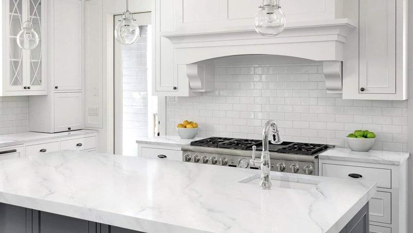 دکوراسیون داخلی آشپزخانه با بهترین سنگ های ساختمانی